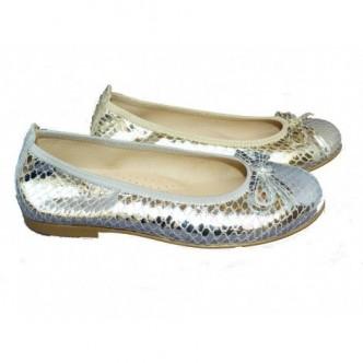 Bailarinas piel disponible en color Croco Plata y color Croco dorado. Con detalle lazo al tono. ANDANINES