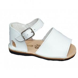 Sandalia piel color blanco preandante niño/a. QUECOS