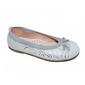 Bailarinas de piel serraje en color Plata.ZAPY