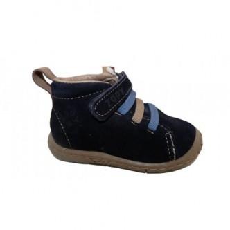 Botas de piel serraje en color Azul Marino.Zapy