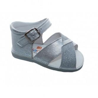 Sandalias de piel color Argento Plata preandante.ANDANINES