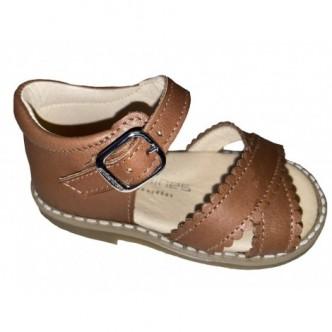 Sandalias de piel en color Cuero.ANDANINES.