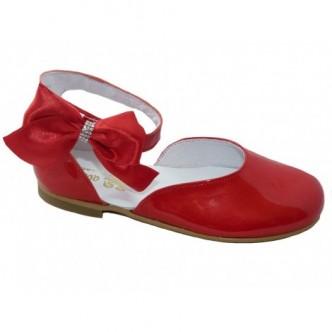 Merceditas piel charol en color Fortuna Rojo. QUECOS