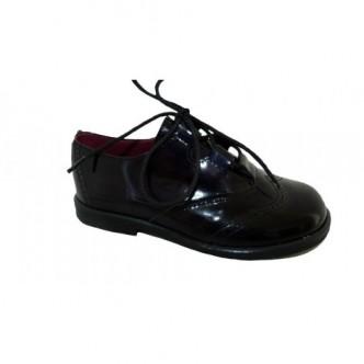 Zapatos estilo ingles de piel Charol en color Azul Marino.QUECOS