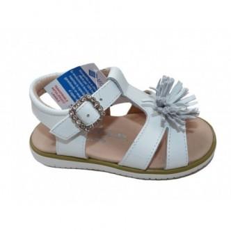 Sandalias de piel charol en color Blanco. Paulin Yowas